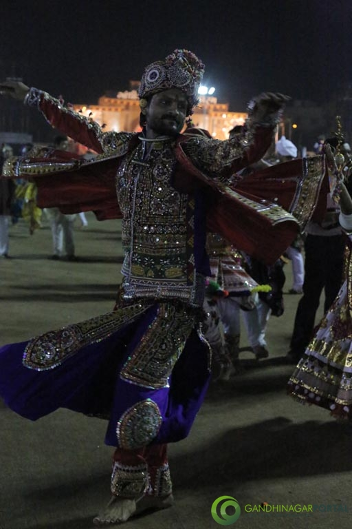 Live Photo Gallery of Gandhinagar Cultural Forum Navli Navratri 2015- Day- 2 Garba Gandhinagar, Gujarat, India.