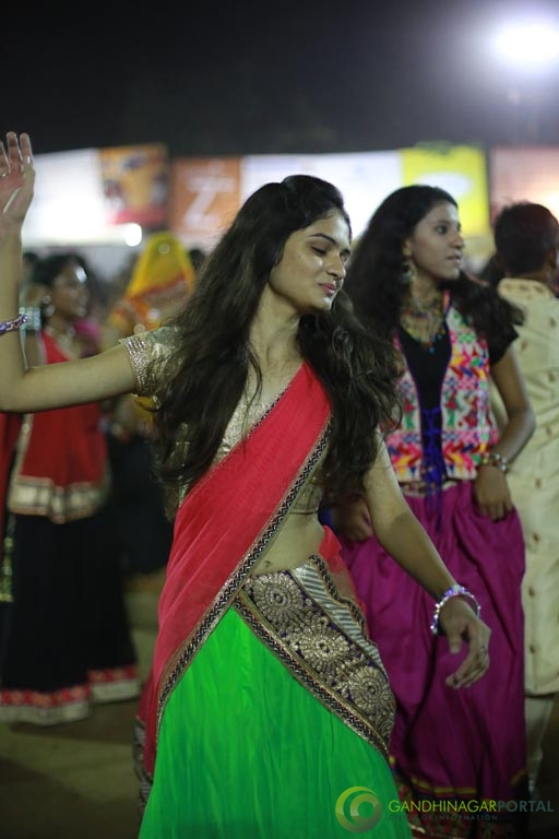 Live Photo Gallery of Gandhinagar Cultural Forum Navli Navratri 2015- Day-5 Garba Gandhinagar, Gujarat, India.