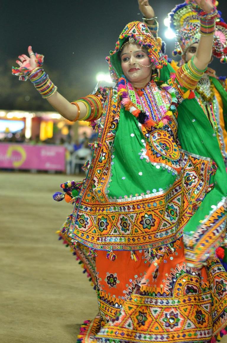 Live Naratri - Gandhinagar Culrural Forum 2018 Mega FInal Day 10 (57)