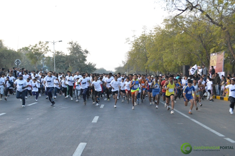 gandhinagar-daiict-youth-run-2013-10 Gandhinagar, Gujarat, India.