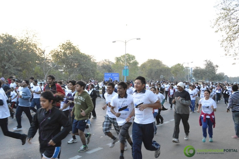 gandhinagar-daiict-youth-run-2013-12 Gandhinagar, Gujarat, India.