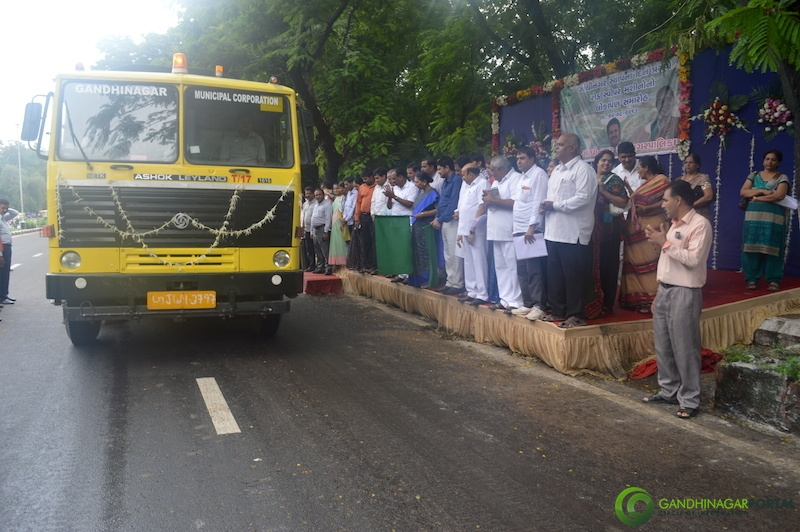 Gandhinagar 49th Birthday Celebration:- Road Sweeper Machine Lokarpan by Givernment of Gujarat. Gandhinagar, Gujarat, India.