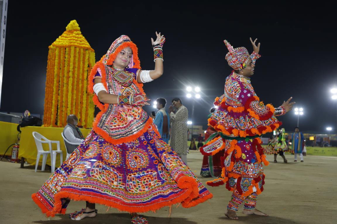 Live Gandhinagar Cultural Forum Navratri 2018 Day 2 (22)