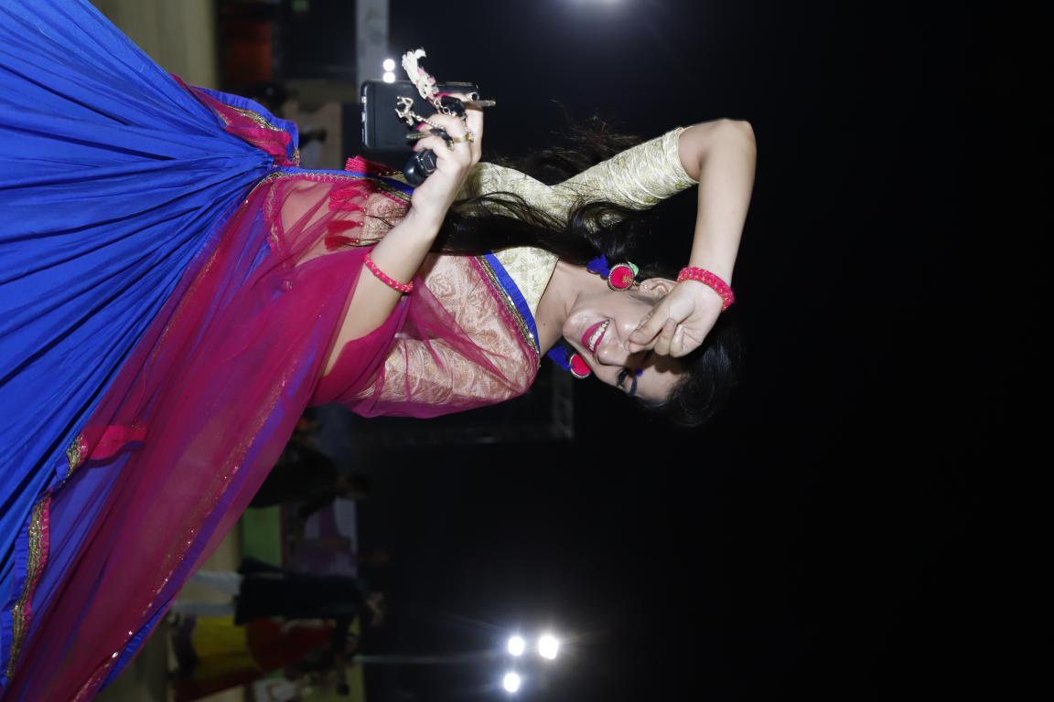 Live Gandhinagar Cultural Forum Navratri 2018 Day 2 (42)