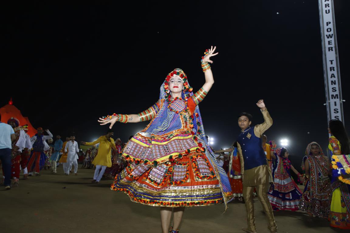 Live Gandhinagar Cultural Forum Navratri 2018 Day 2  (7) Gandhinagar, Gujarat, India.