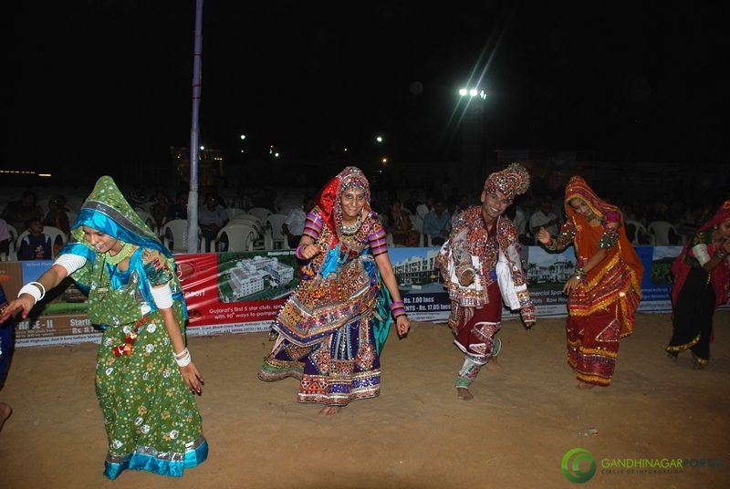 Lions Club of Gandhinagar Naurta 2012, Top Show Group, Day 1, Navratri Mahotsav 2012, Gandhinagar Garba Gandhinagar, Gujarat, India.