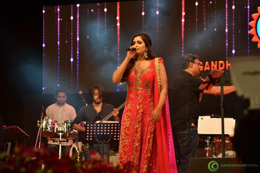 Shreya Ghoshal performing at Gandhinagar Gandhinagar, Gujarat, India.
