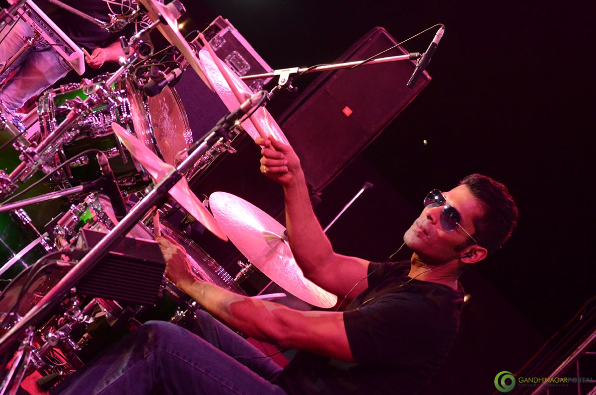 Shaan-performing-at-grishnmotsav-gandhinagar (13)