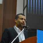 Chetan Bhagat-Famous Writer shares his success during Youth Convention by Swami Vivekananda Yuva Parishad- Vibrant Gujarat Summit 2013-Gandhinagar Gandhinagar, Gujarat, India.