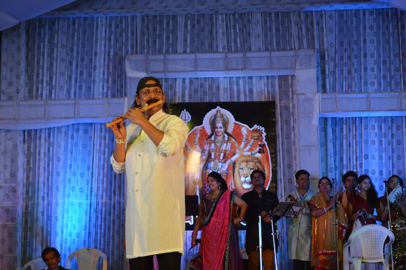 gandhinagar-cultural-forum-navratri-2013-sparsh-musical-group-day7
