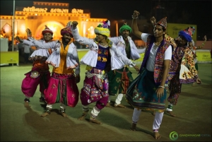 Live Gandhinagar Cultural Forum Navli Navratri 2015- Day 3- Prahar Vihra, Hemali Vyas and Group Gandhinagar, Gujarat, India.