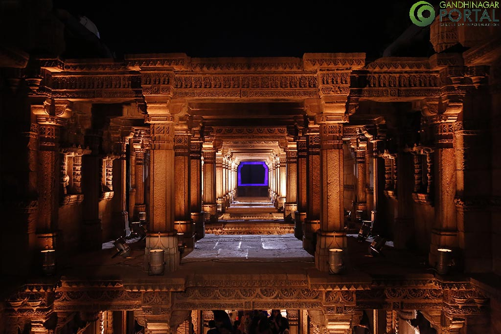 adalaj_ni_vav_night_view_gandhinagar